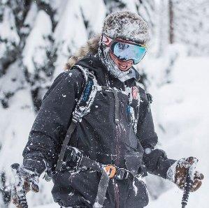 低至5折!收滑雪镜羽绒服!Oakley.com 精选太阳镜滑雪镜户外服饰黑色星期五热卖