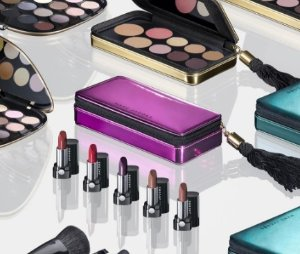 Free Full Size Lipstick(value $30)With any $75 Purchase @ Marc Jacobs Beauty