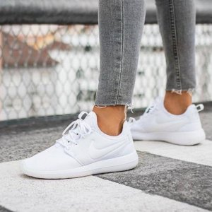 nike roshe two womens shoes