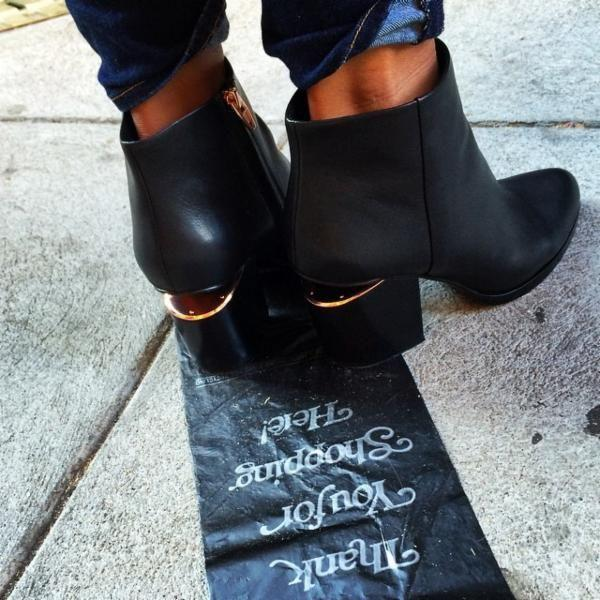 Up to 64% OffGucci, Ferragamo, Prada & More Designer Booties on Sale @ Belle and Clive