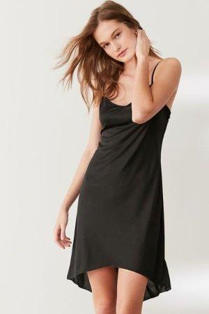 低至6折Urban Outfitters 官网现有精选裙子、连体裤促销