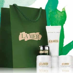 Receive a 4-Piece Travel Setwith a $300+ Purchase @ La Mer