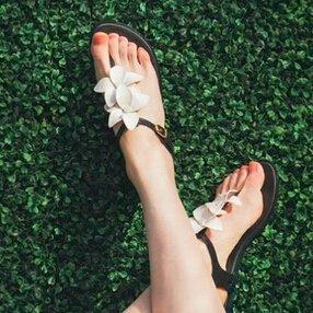 低至4.4折 + 额外7.5折Melissa 精选舒适热卖香香鞋 限时促销