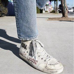 Starting at € 237.71Women's Golden Goose Superstar Sneakers @ Italist