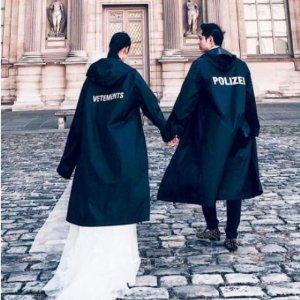 封面同款雨衣$392收最后一天:Vetements 精选潮衣热卖 明星最爱夸张街头风