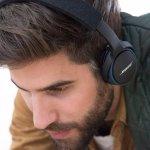 Factory-Renewed Bose SoundLink around-ear wireless headphones II Black