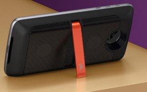 $549.99(原价$779.99)Moto Z 4G LTE 64GB 解锁版智能手机 + JBL Soundboost音响模块
