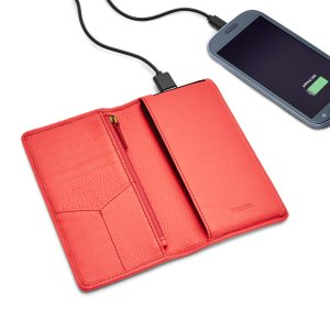 Starting From $24.99Charging Wallets @ FOSSIL