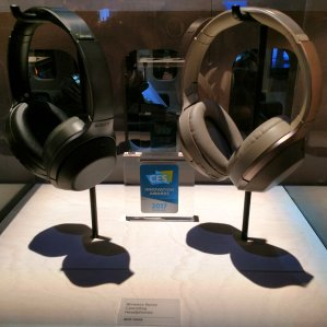 EUR 259.66 ($295.58)SONY MDR-1000X 无线降噪耳机 黑色