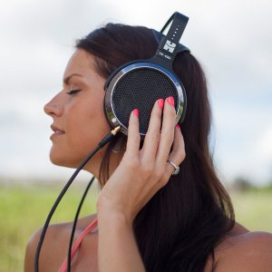 $179HIFIMAN HE400i Planar Magnetic Headphones