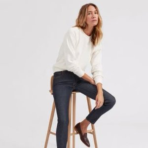Free 2-day Shippingwith any denim purchase @ Everlane