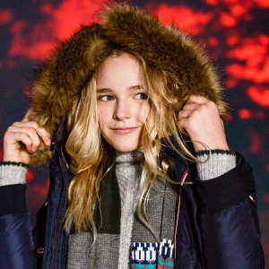 Extra 50% OffKid @ Tommy Hilfiger