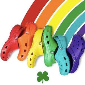 多伦多开仓来啦 低至3折Crocs 洞洞鞋开仓特卖,仅4天哦,全家老小每人来一双