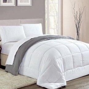 $18.79 + $10 Off $30Reversible Down-Alternative Comforter Sale @ Zulily