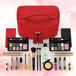 35 Piece Beauty Upgrade, Just $49.50 (worth over $400)with any $32.50 purchase @ Elizabeth Arden